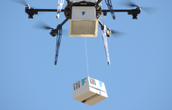 Small parcels containing books, drugs or food are particularly suited for drone delivery – as shown here by US retailer 7-Eleven. Photo: 7-Eleven/Flirtey Technology